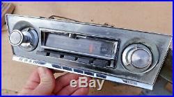 1965 1966 Chevy Corvair AM / FM RADIO Original GM model 986118 Delco