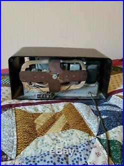 FADA MODEL F55 TUBE Radio & Antique Vintage Arvin Classic Radio For Parts