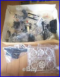 KYOSHO Radio Control Rocky 4WD Off-Road Racer 110 Scale Vintage Parts Removal