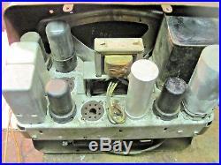 VINTAGE 1947 1953 GMC TRUCK RADIO Tube type turns on
