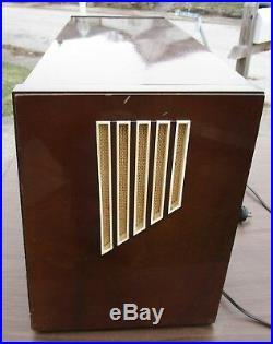 Vintage 1950s Large Telefunken Super Opus 8 Tube Radio for