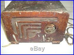 Vintage Art Deco Philco tube Radio Model 602 for repair or parts 39-4567