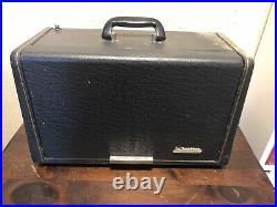 Vintage Hallicrafters Model TW-1000A Tube AM Shortwave Radio Receiver For Parts
