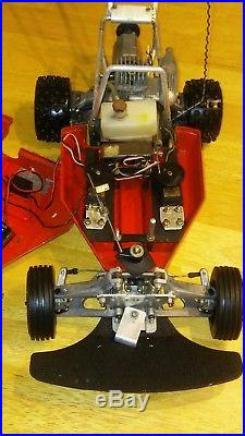 Vintage Kyosho Circuit 10 WILDCAT Nitro Buggy With Radio and Parts Nice Condition