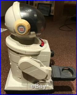 Vintage Robie Sr Robot Radio Shack For Parts Or Repair